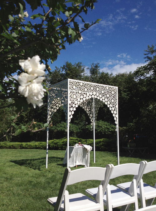 Spotlight Chuppah Studio Jewish Wedding Rabbi